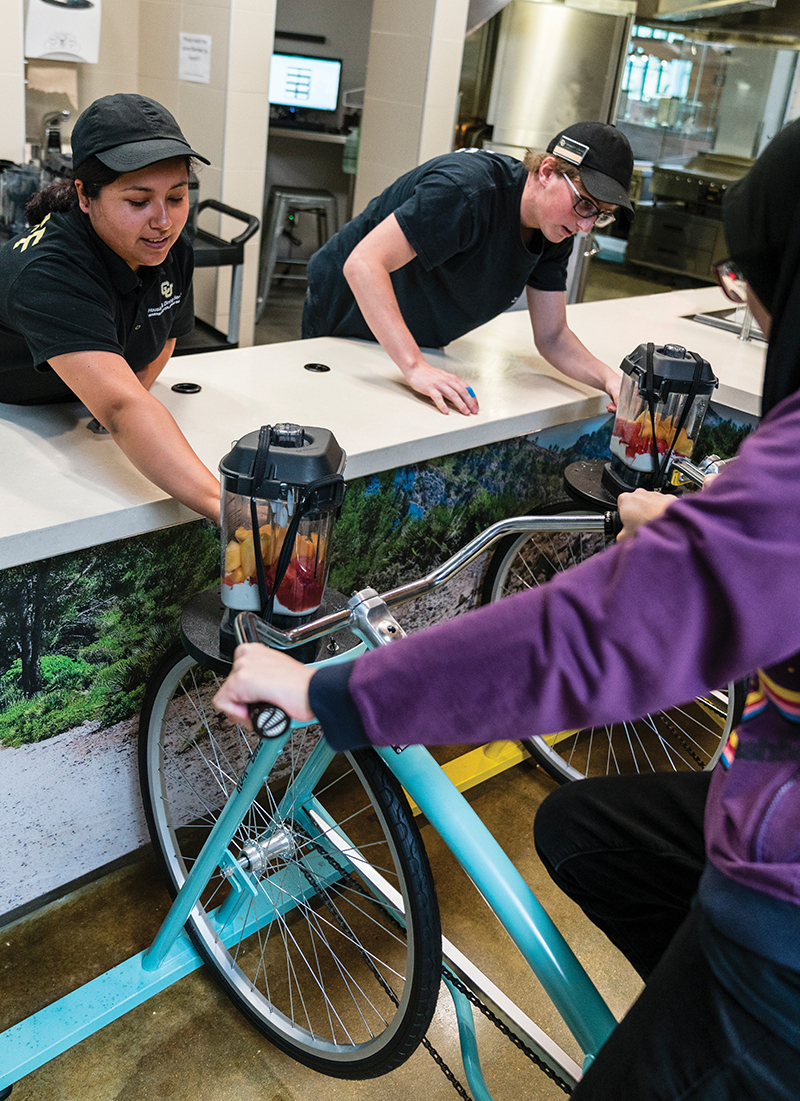 Students pedal their way to a smoothie at UC Boulder